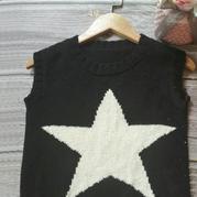 星星米老鼠图案宝宝棒针圆领背心