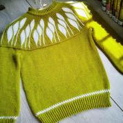 花语 儿童棒针引返圆肩提花毛衣